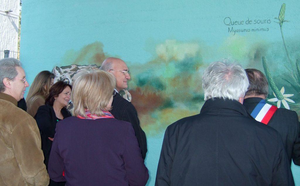 Inauguration de la fresque avec Adrien Zeller sous le pont de la gare de Duppigheim. Fresque de Roland Perret. illusions-murales.com