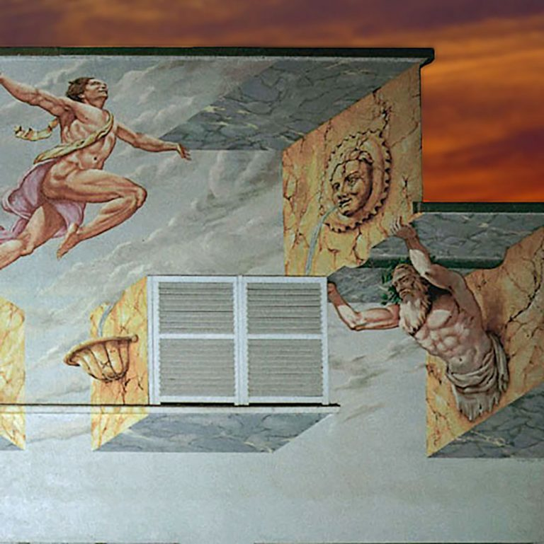 Un décor en trompe-l'œil pour ce bâtiment d'origine industrielle à Molsheim (Alsace). Fresques de Roland Perret illusions-murales.com