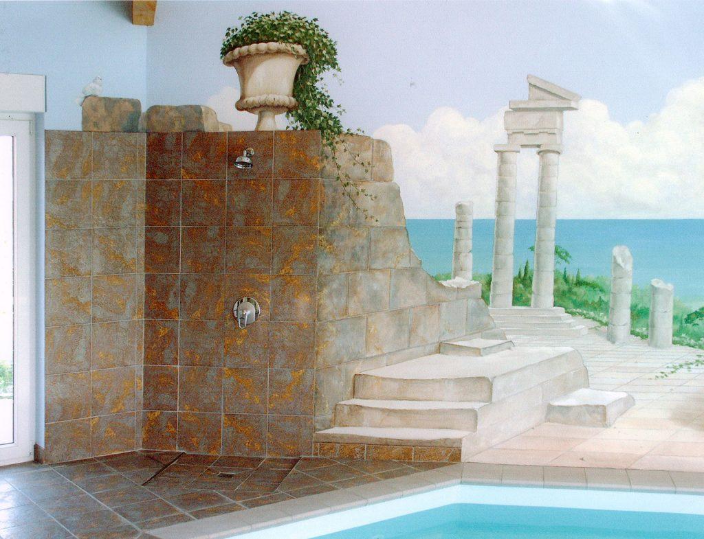 Trompe-l'oeil dans le style grec pour une piscine privée. Fresque de Roland Perret. illusions-murales.com