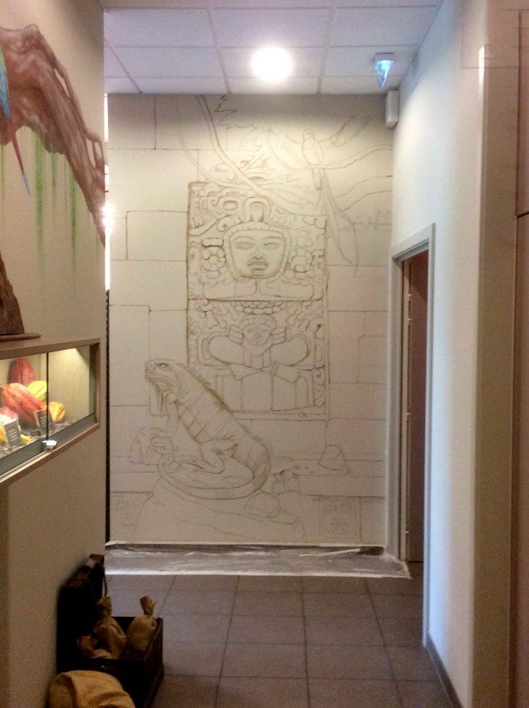 Esquisse du mur avec l'iguane et le Quetzacoatl de la fresque aztèque de la chocolaterie Stoffel à Ribeauvillé. Fresque de Roland Perret. illusions-murales.com