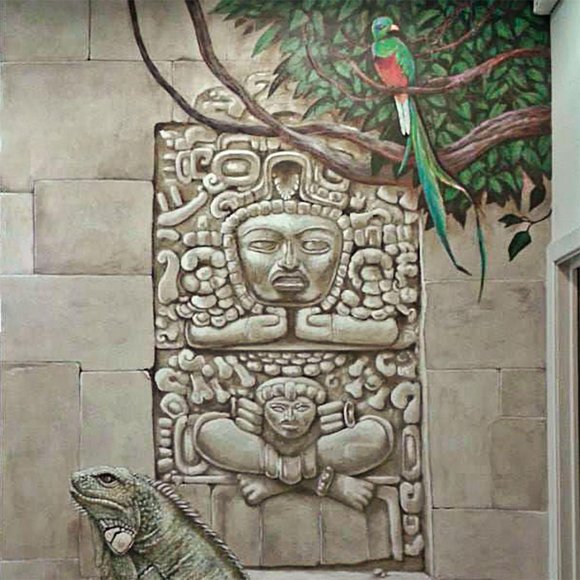 Fresques aztèques dans la chocolaterie Stoffel à Ribeauvillé. Fresque de Roland Perret. illusions-murales.com