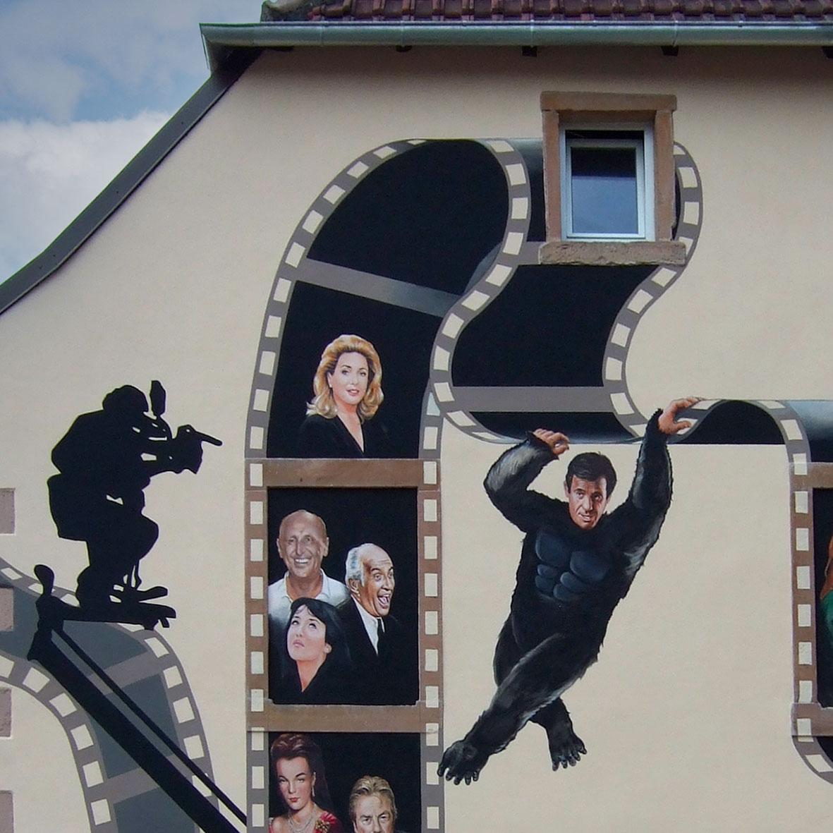 Le cinéma français à Wisches. Fresque de Roland Perret. illusions-murales.com