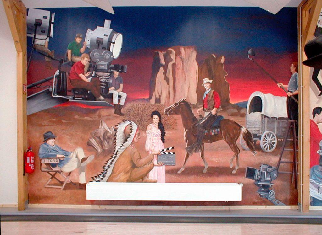 Décor cinéma pour le bowling de Wisches. Fresque de Roland Perret. illusions-murales.com