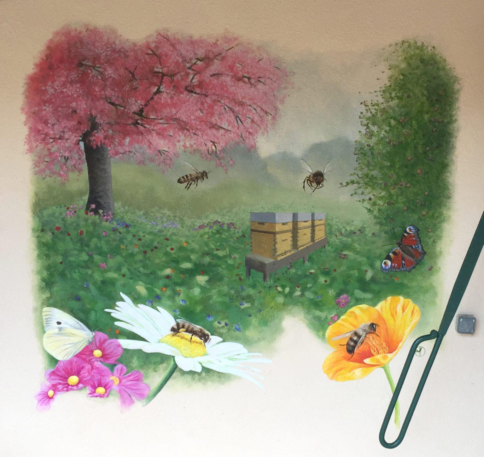Jardin aux abeilles - fresque de Jordane Desjardins